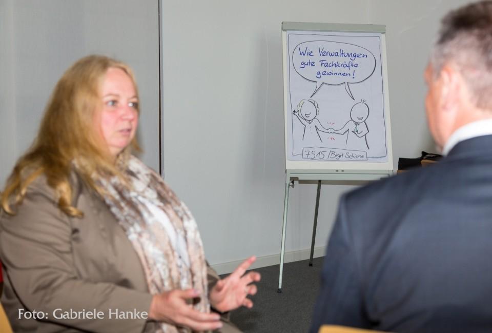 """""""Frau Schiche verspricht: klare Worte bezüglich Möglichkeiten und Grenzen Ihres Vorhabens, Bodenständigkeit in der Beratung und Umsetzung, Kreativität und Praxisnähe in der Ausgestaltung, Transparenz und vertrauensvolle Zusammenarbeit im laufenden Prozess. Und natürlich nachhaltige Ergebnisse' […] Das können wir als Kunde nur bestätigen und verbunden mit einem herzlichen Dankeschön sagen: Ziel in allen Punkten erreicht! Wir vertrauen auf eine erfolgreiche Fortsetzung der Zusammenarbeit."""" Manfred Schirdewan, Kaufm. Leiter, und das Team der Stadthalle Braunschweig"""